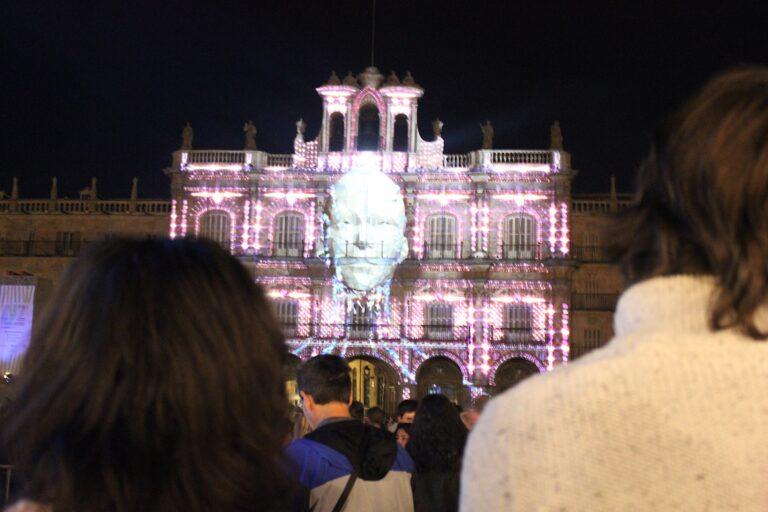 Senderismo urbano: Festival Luz y Vanguardias Salamanca 2019