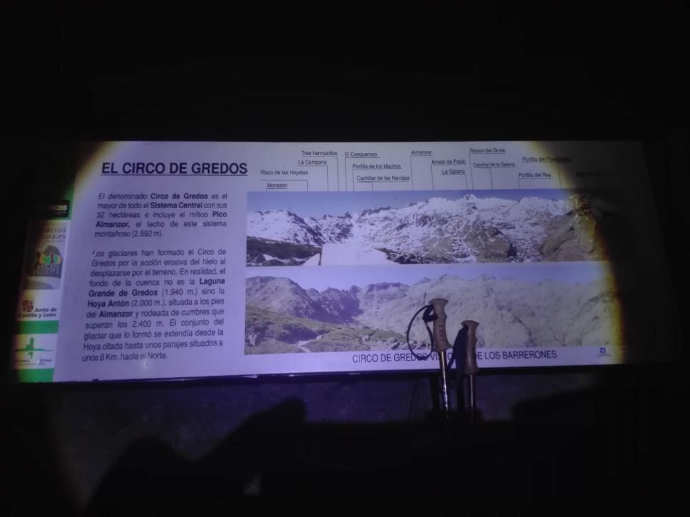Cartel del Circo de Gredos en la oscuridad
