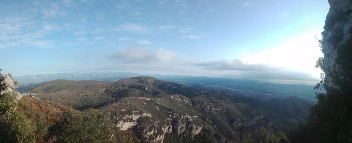 Vistas al norte desde el Montsià
