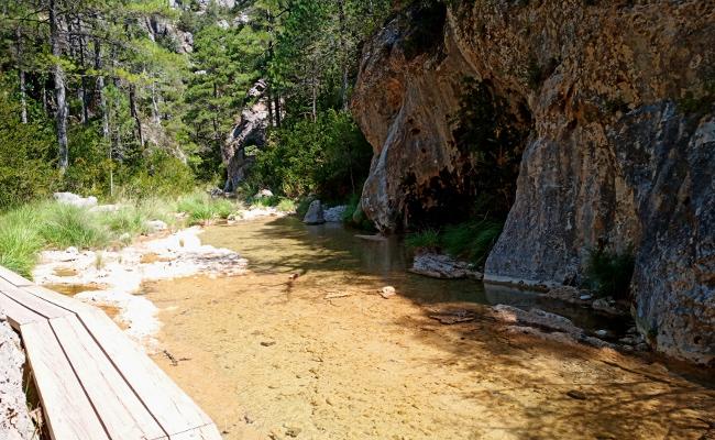 Pasarelas por el río Matarranya