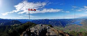 panorámica alpina con viento