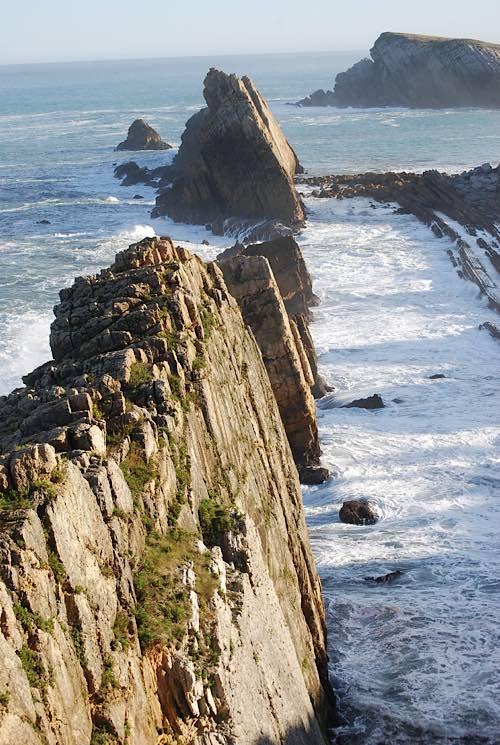 Ruta Playa de la Arnía a Playa de Valdearenas (Costa Quebrada, Liencres, Cantabria)